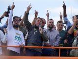 Bolsonaro diz que a polícia vai apoiá-lo 'aconteça o que acontecer', publica a Reuters para o mundo
