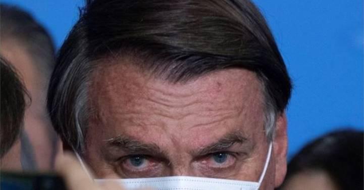 """""""Bolsonaro roubou R$ 1,45 bilhão na compra de uma vacina que sequer chegou"""", diz Thiago Brasil no Twitter"""