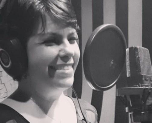 """Eu tomei"": cantora gospel que defendia ""tratamento precoce"" morre de Covid"